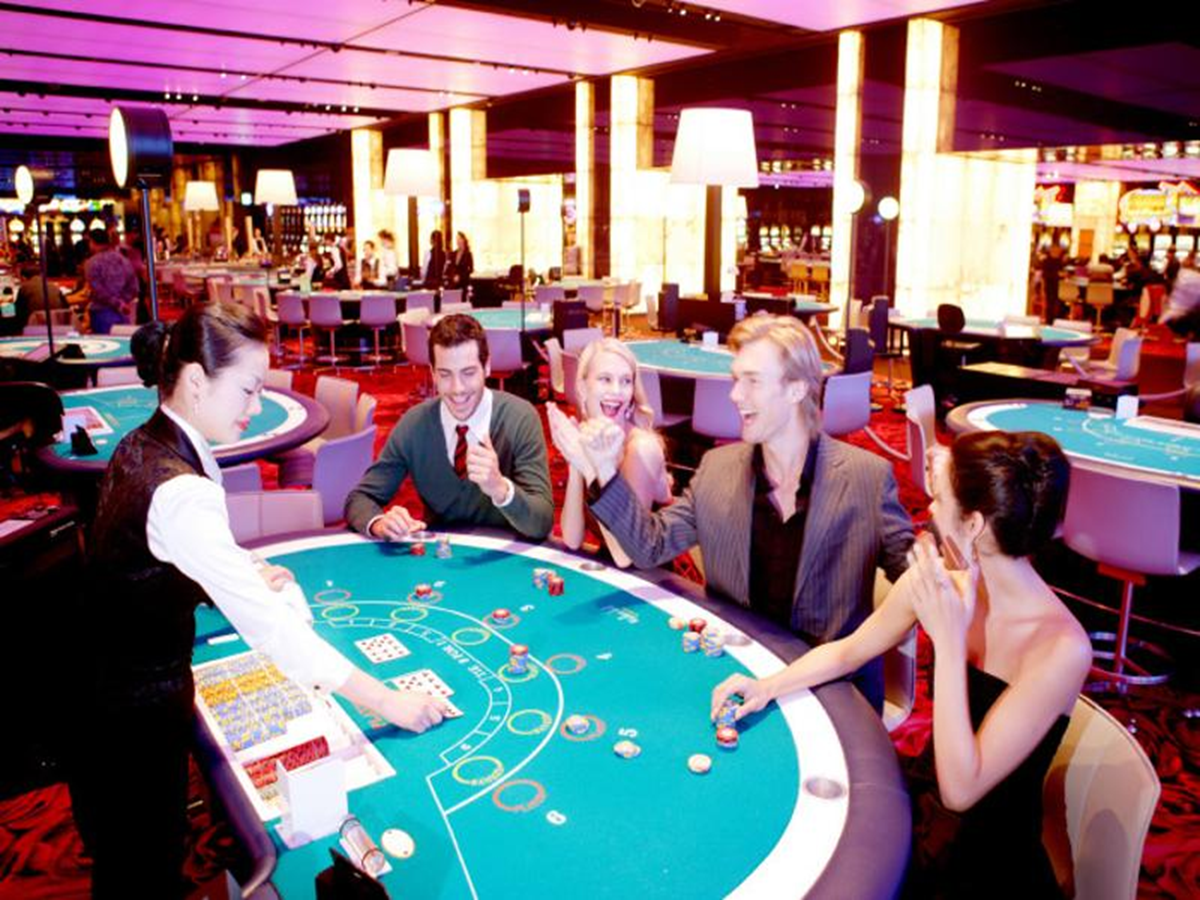 Top 5 Unexpected Popular Celebrities Who Dominate Casinos